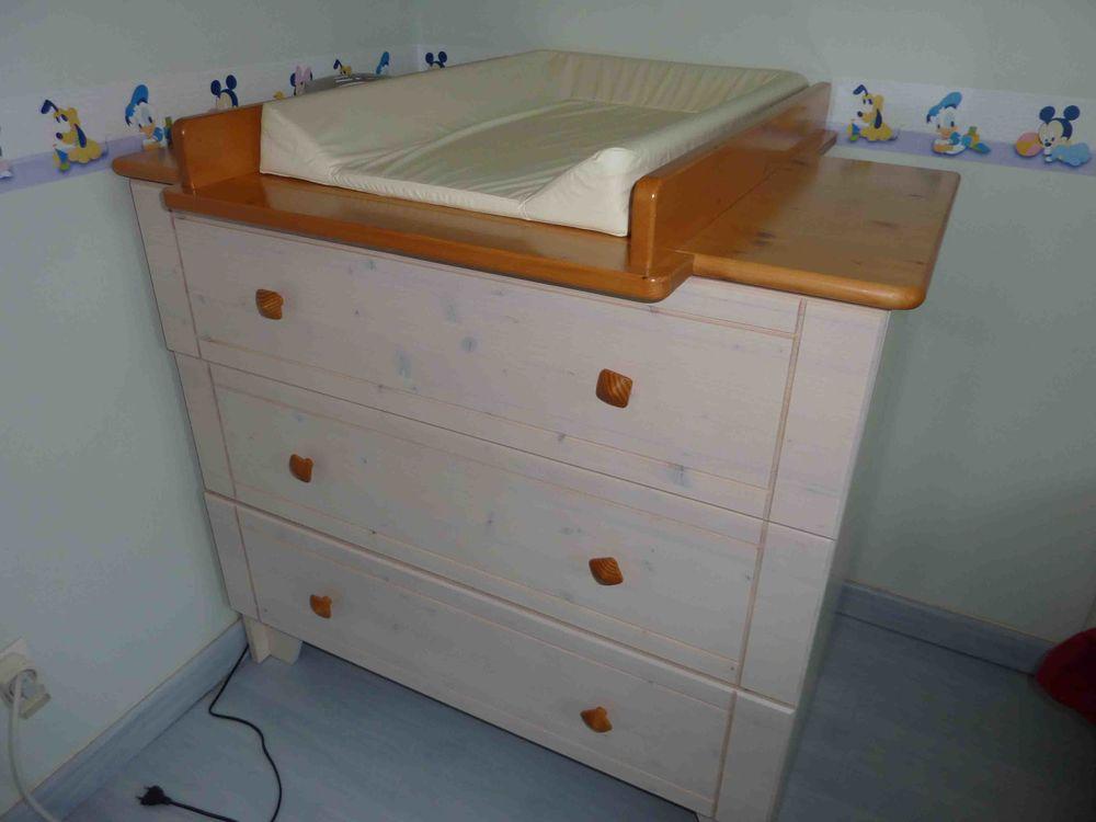 commode table à langer de marque SAuthon TBE 100 Saint-Florent-des-Bois (85)