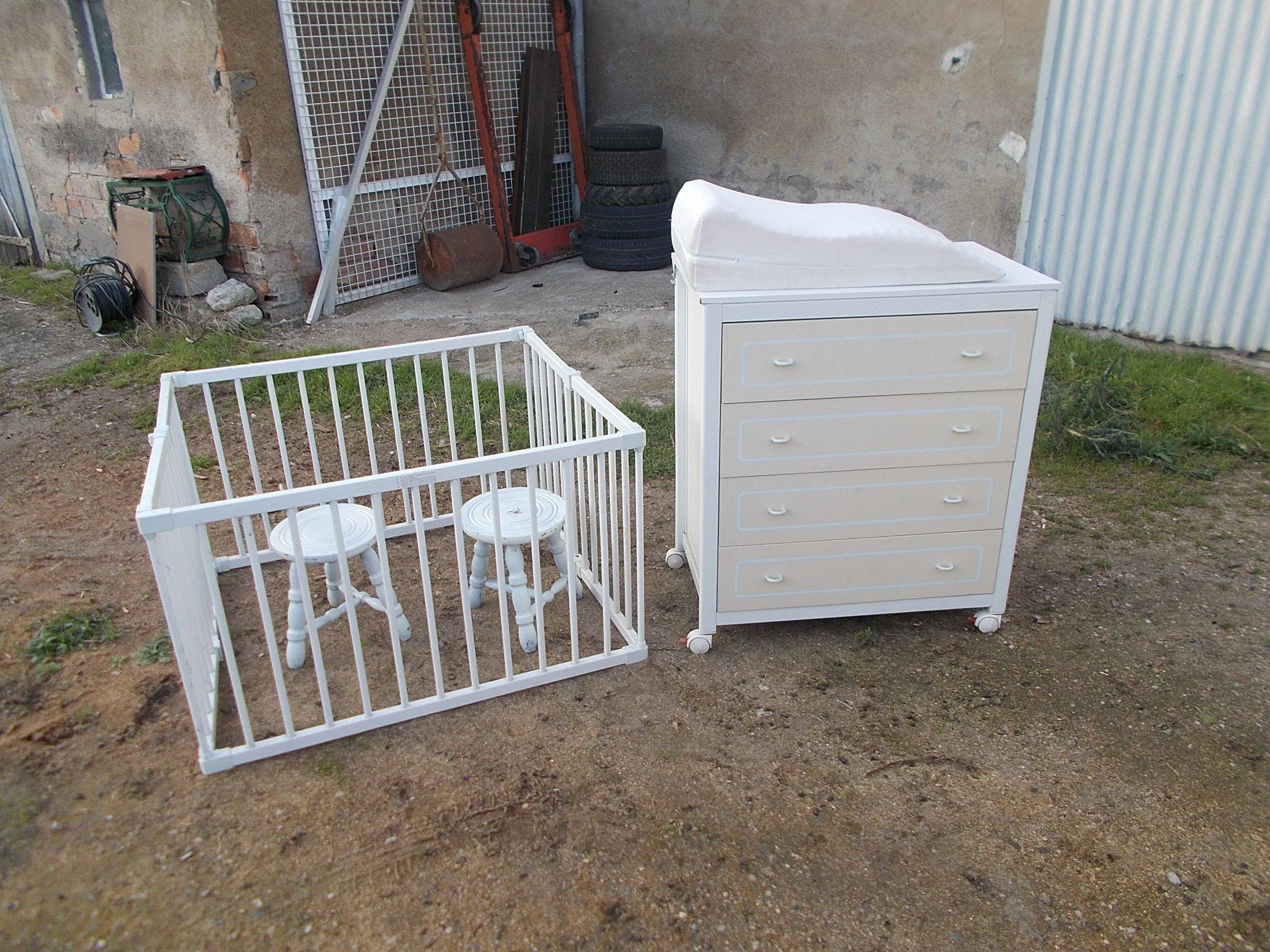 j'ai une commode 4 tiroir  + un parc  faire offre de  prix  0 Saran (45)