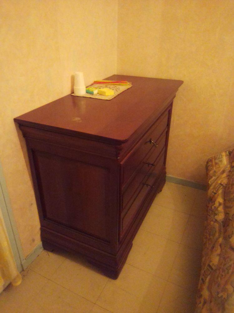 Commode 3 tiroirs en bois de merisier 70 Fos-sur-Mer (13)