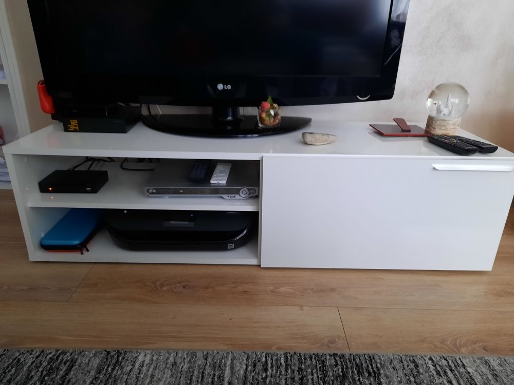 commode pur TV 30 Thonon-les-Bains (74)