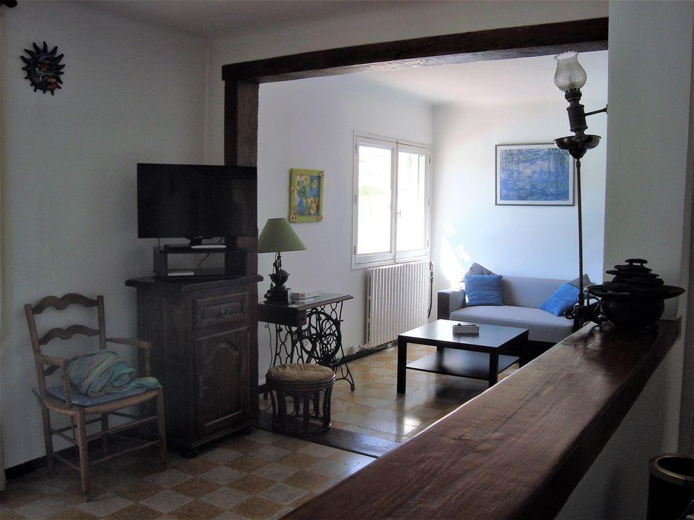 CONFITURIER  ou meuble TV, BAR 50 Marignane (13)
