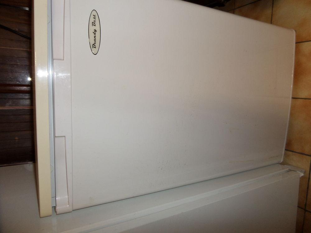 electrom nager occasion dans le rh ne 69 annonces achat et vente de electrom nager. Black Bedroom Furniture Sets. Home Design Ideas