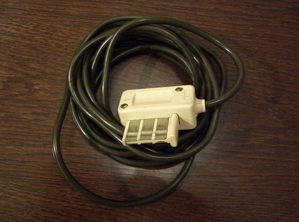 Connecteur prise téléphone en T avec 2,90 m fil  1 Balma (31)