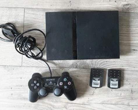 Console PS2 avec jeux et accessoires 100 Yvetot (76)