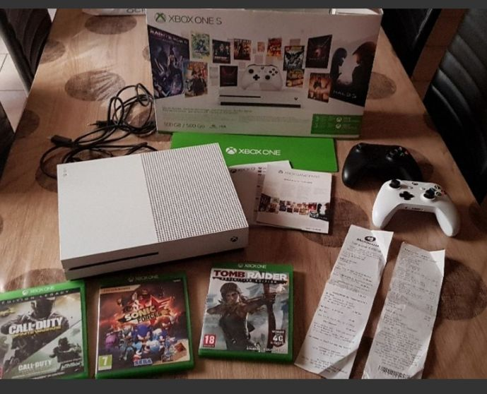 Console x box one S 500 go blanche 210 Fèves (57)