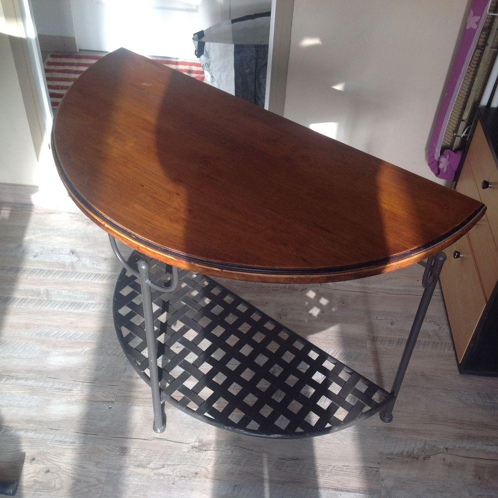 tables console occasion nice 06 annonces achat et vente de tables console paruvendu. Black Bedroom Furniture Sets. Home Design Ideas