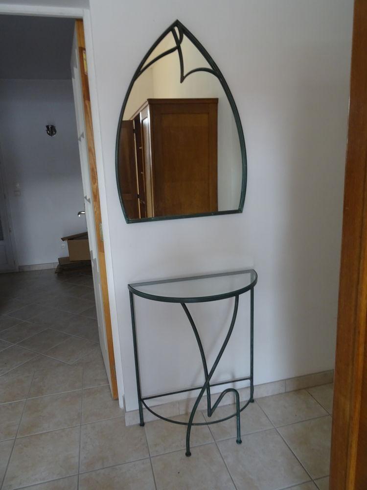 console en fer forgé de couleur kaki avec le miroir 0 Saint-André-de-l'Eure (27)