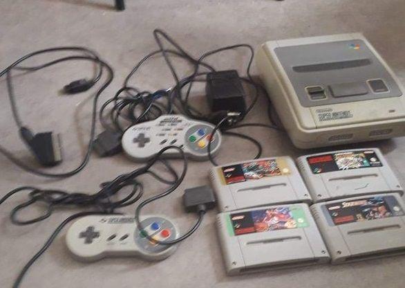 Console Super Nintendo avec jeux 180 Beauchamp (95)
