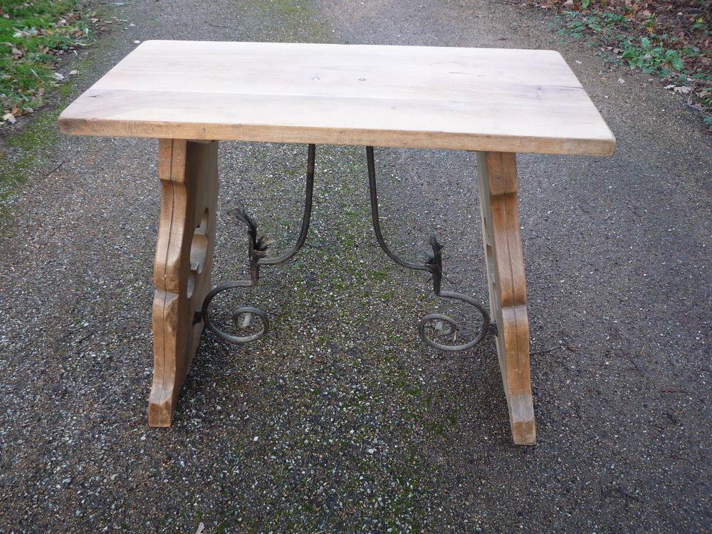 Console/table d'appui noyer massif,entretoise fer forgé 93cm 185 Castres (81)