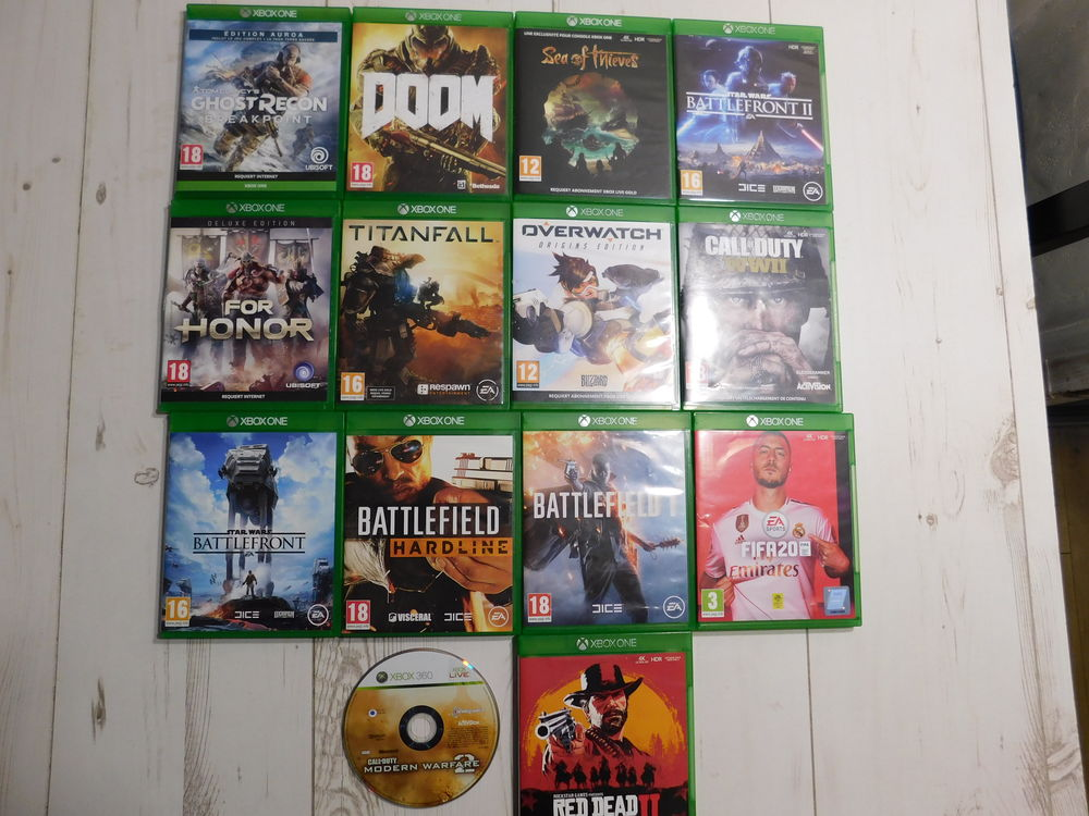 CONSOLE XBOX ONE + 14 JEUX  180 Montreuil (93)