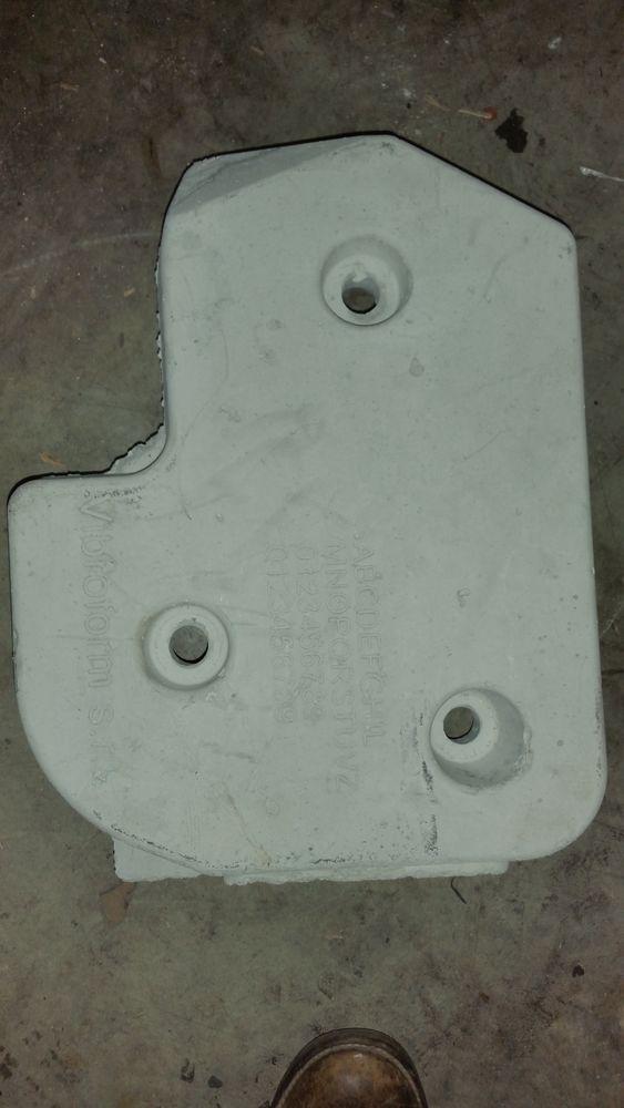 Contre-poids Supérieur machine à laver Indesit.WIXL12 25 Clichy (92)