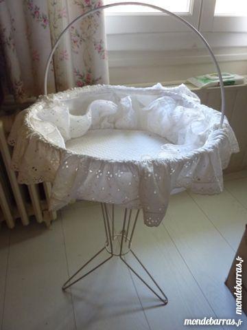 Corbeille bébé sur pied vintage 40 Plaisir (78)