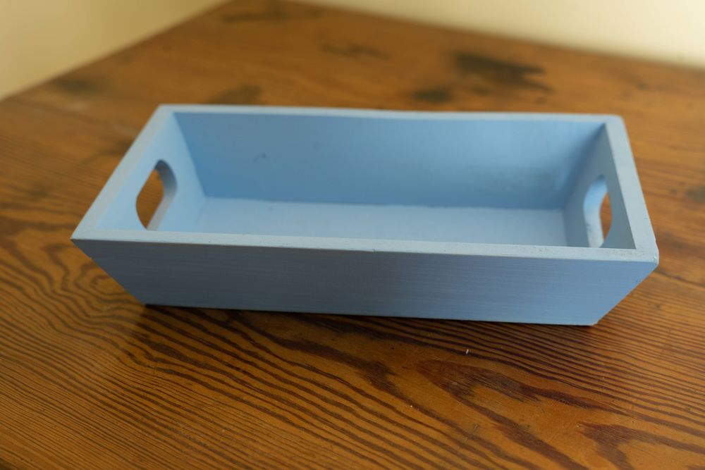 Corbeille bois peinte en bleu 1 Portets (33)
