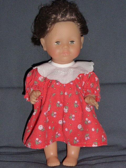 Corolle robe rouge col brodé  pour poupée 28 m 10 Rueil-Malmaison (92)