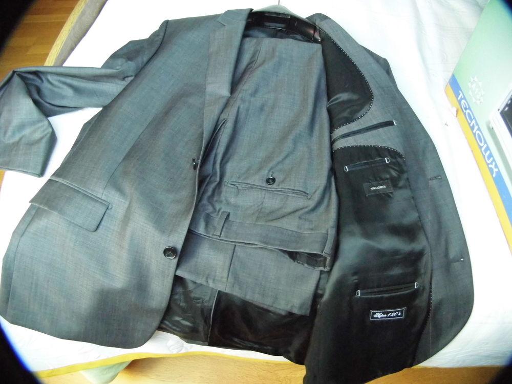 costume gris 100 Sainte-Anne-sur-Brivet (44)
