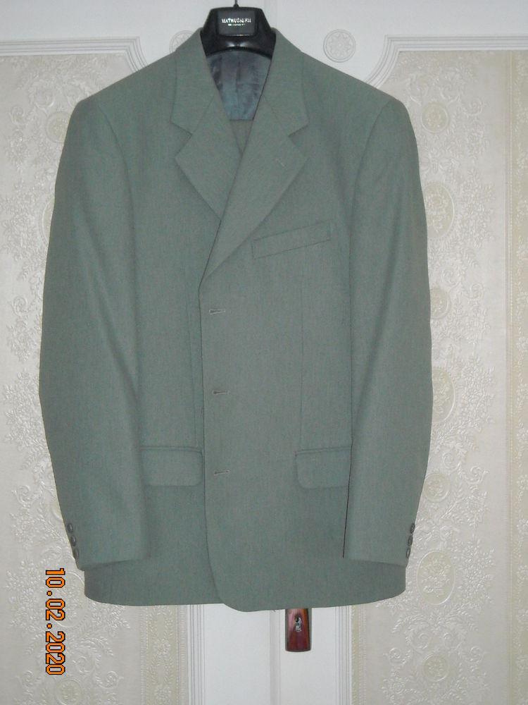 Costume homme gris clair très bon état 18 € 18 Gramat (46)