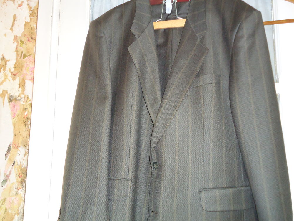 costume homme  40 Incheville (76)