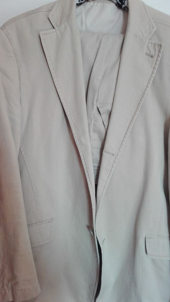 costume marque  BURTON 10 Charny (77)