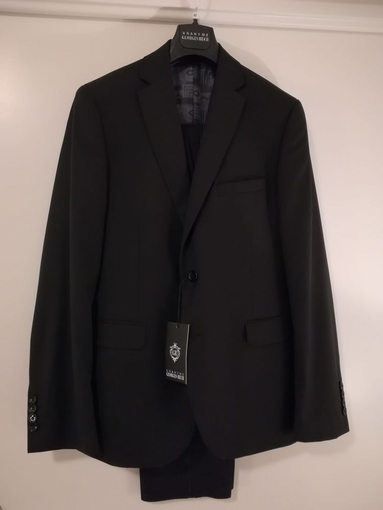 Costume Noir Georges Rech T48, Prix initial : 499 euros 99 Saint-Ouen (93)