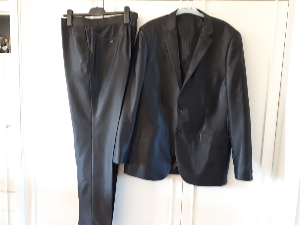 Costume noir satiné MARCO BELLI  - 56/48 - EXCELLENT ÉTAT 60 Villemomble (93)