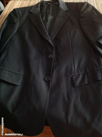 Costume très bon état veste 48/40 pantalon 38 Villepinte (93)