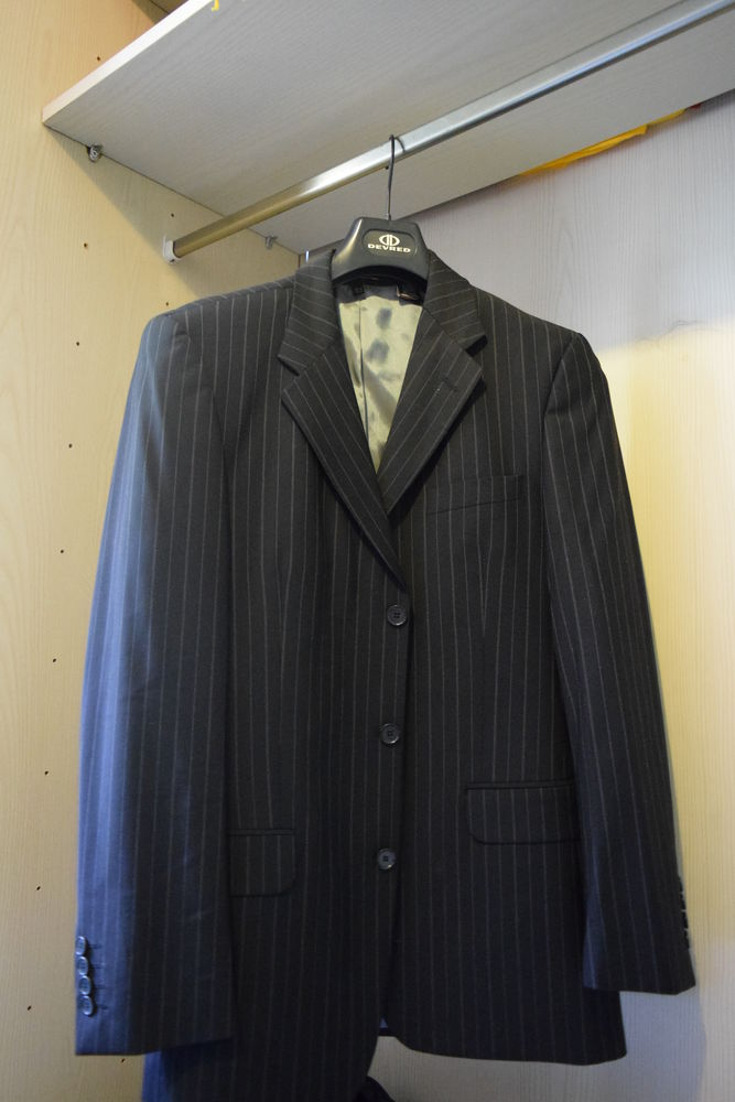 Costume Zara noir 0 Floirac (33)