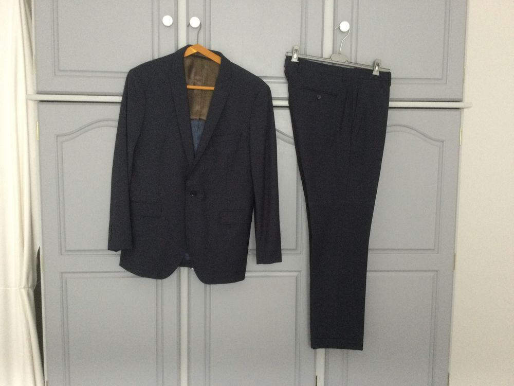 2 Costumes  homme 60 Buxy (71)
