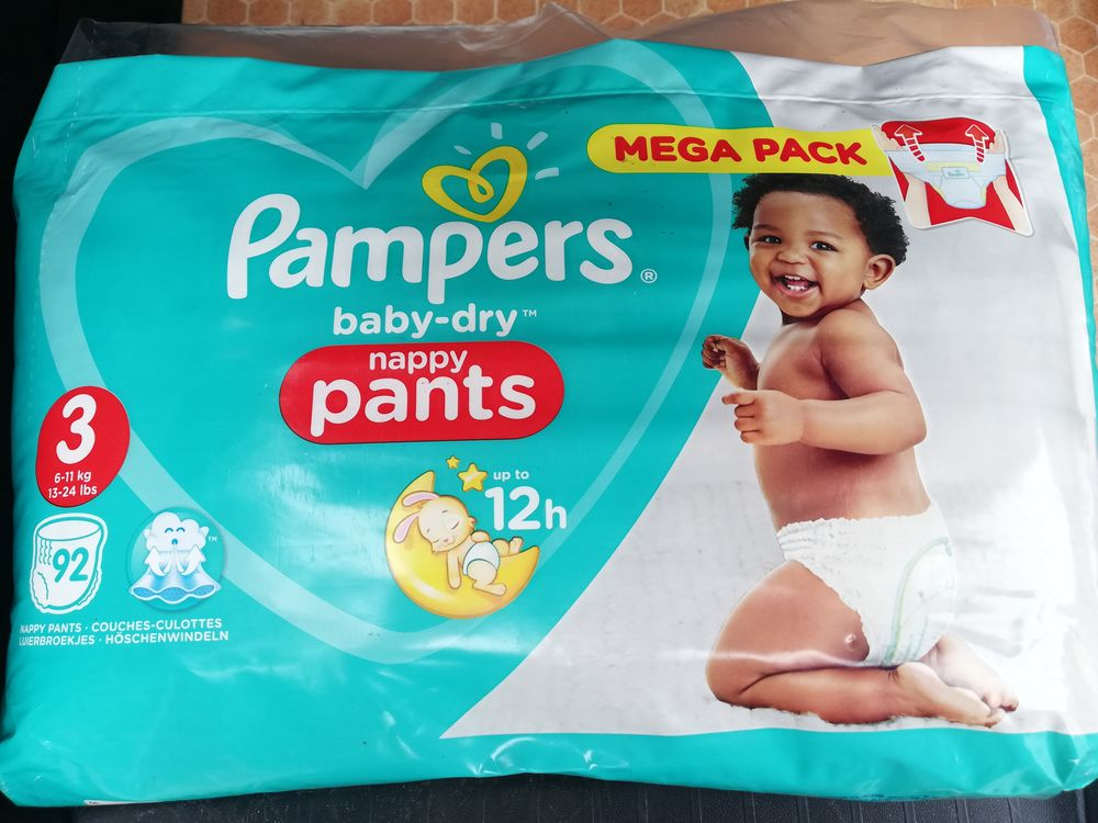 92 Couches  culottes Pampers taille 3  20 Toulon (83)