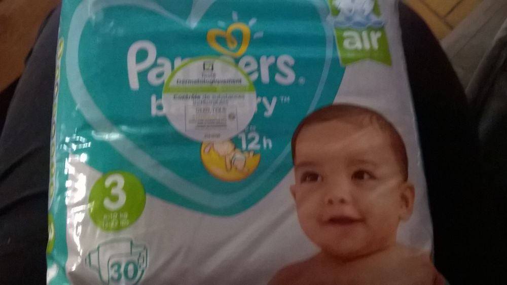 Couches Pampers taille 3 36 Saint-Vallier (26)