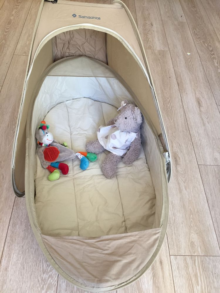 Couffin de voyage: Samsonite pop up travel cot 20 Draveil (91)