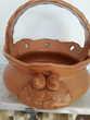 Coupe à fruits  en terre cuite ( poterie).  3  €.