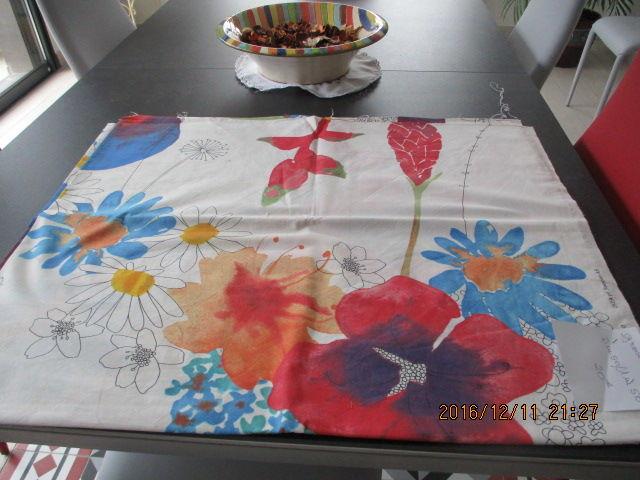 Coupon de tissus grandes fleurs 25 Castres (81)