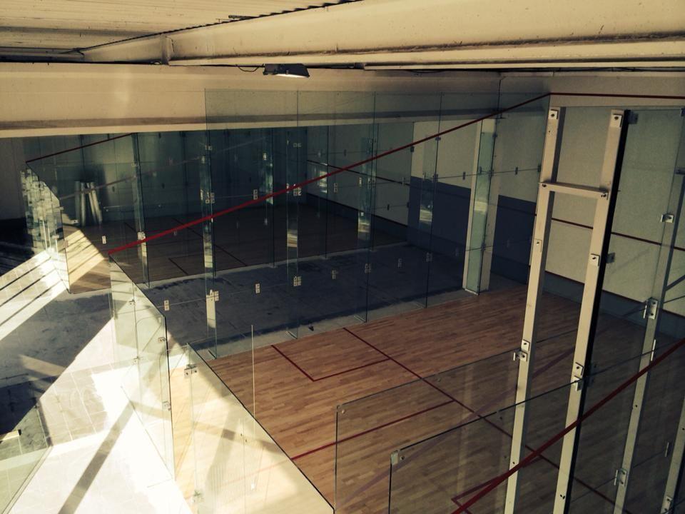 3 Courts de Squashs Vitrés.  0 Marignane (13)