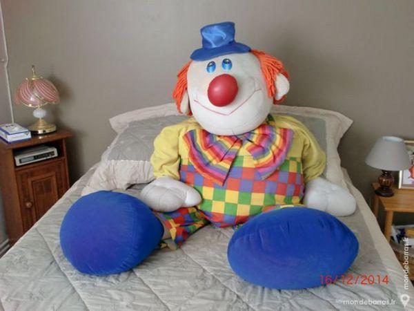 Coussin-clown 30 Nîmes (30)