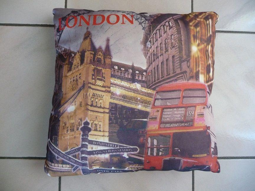 Coussin London 8 Montigny-le-Bretonneux (78)