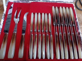 Lot de couteaux année 60 30 Toulouse (31)