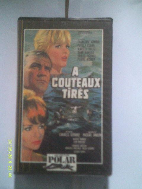 A COUTEAUX TIRES de charles Gerard avec  Françoise ARNOUL 0 Rosendael (59)