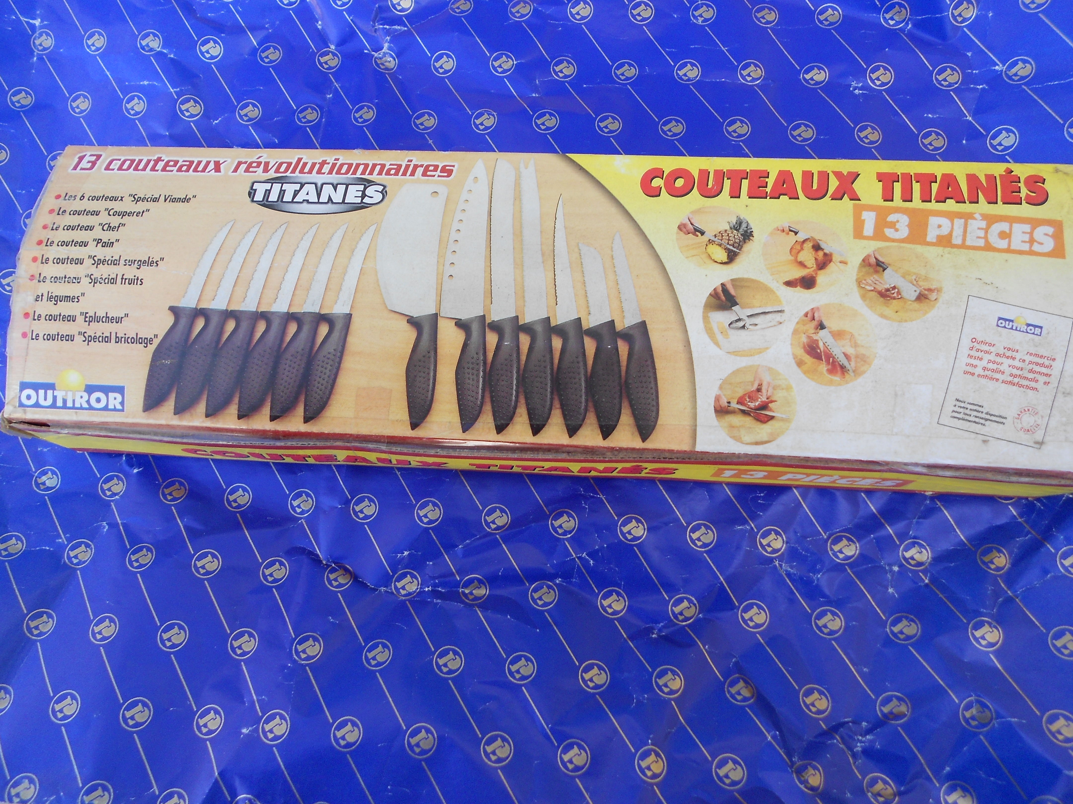 COUTEAUX TITANES NEUF 20 Chantonnay (85)