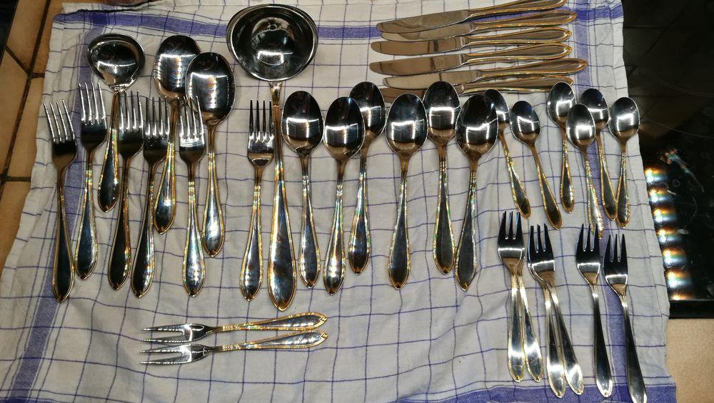 Couverts de table Solingen, acier inoxydable 10/18, 36 pces 140 Thoiry (01)