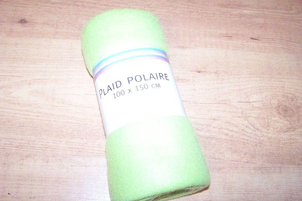 couverture/plaid polaire 100 x 150 cm, NEUF 5 Abbeville (80)