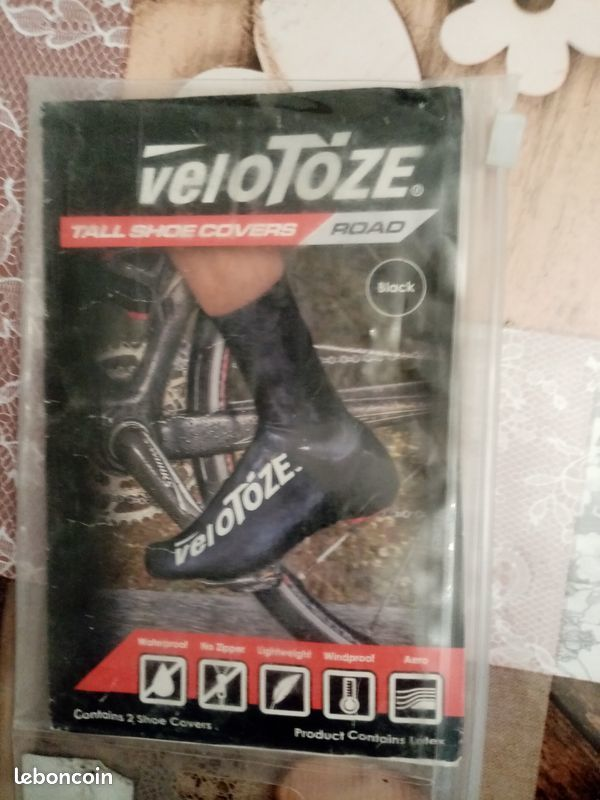 COUVRES CHAUSSURES CYCLISME  20 Caudry (59)