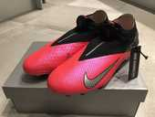 CRAMPONS NIKE FOOTBALL PHANTOM VSN 2 ELITE DF FG 250 La Garenne-Colombes (92)