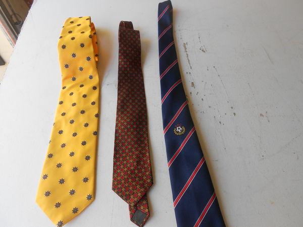 lot de cravates de marque 10 Brie-Comte-Robert (77)