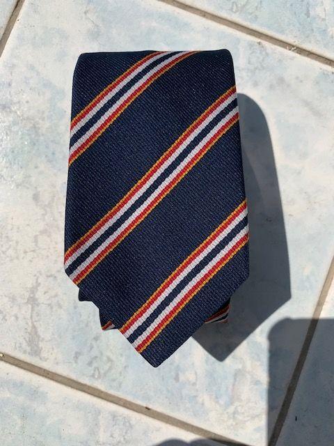 Cravates tous tissus 20 Antibes (06)