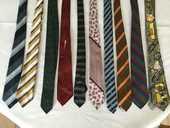 Lot de 10 cravates vintage  100 Avon (77)