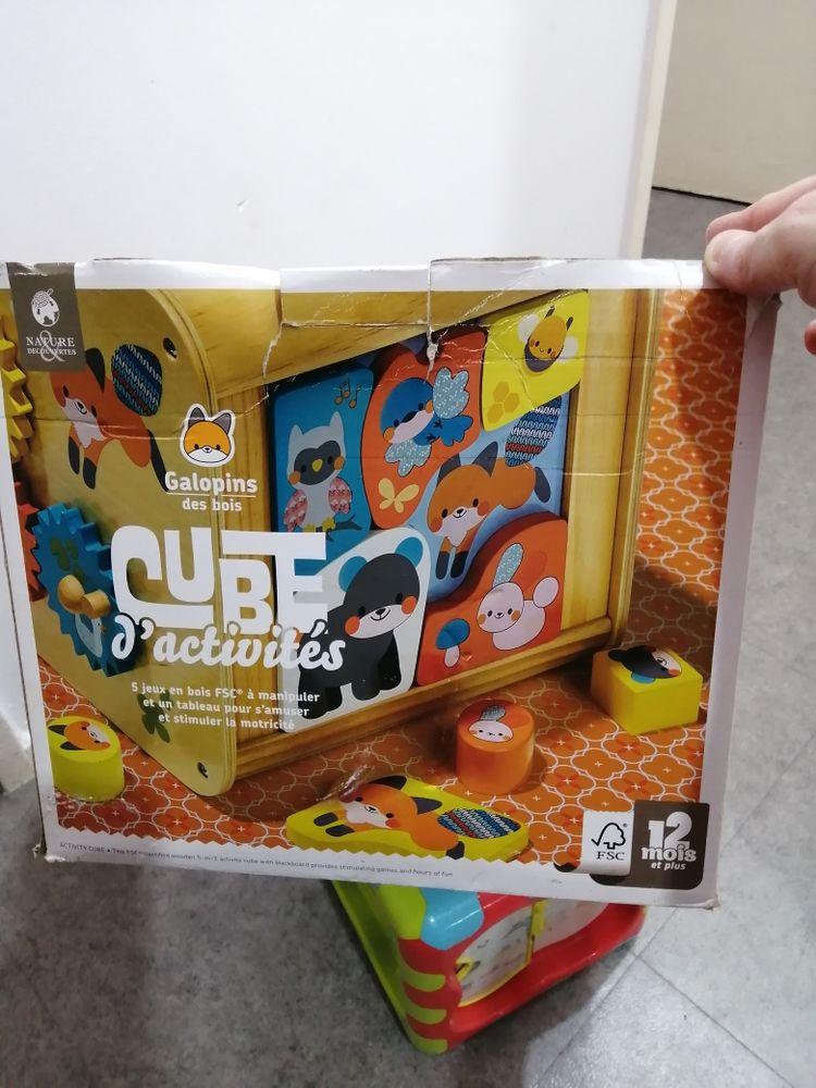 Cube d activité 10 Montreuil (93)