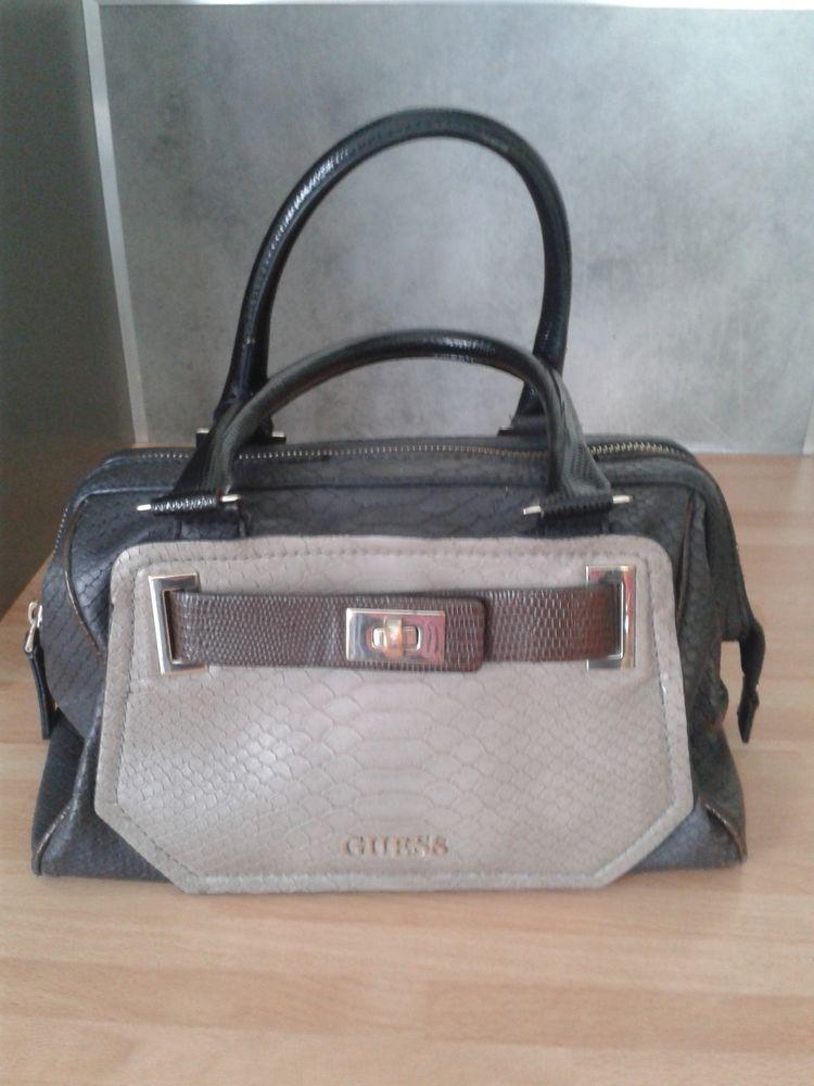 cbc5082036 Achetez sac cuir guess sac occasion, annonce vente à Vienne (38 ...