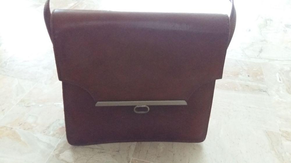 sac cuir marron avec rabat 60 Lozanne (69)