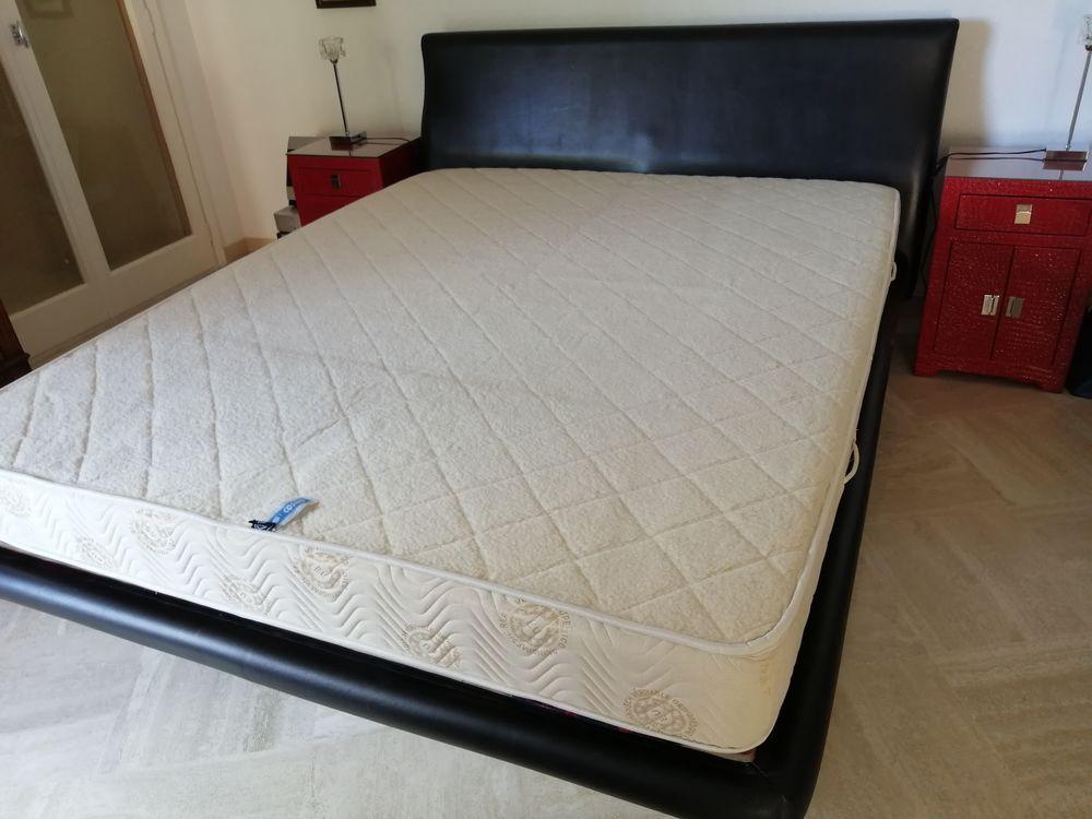 lit en cuir véritable de couleur noir 110 Menton (06)