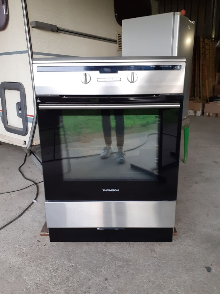 Cuisinière Induction Thomson 500 Cuffy (18)